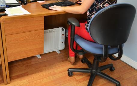 Newair Ah 400 Low Watt Oil Filled Underdesk Heater